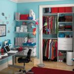 teen bedroom and desk