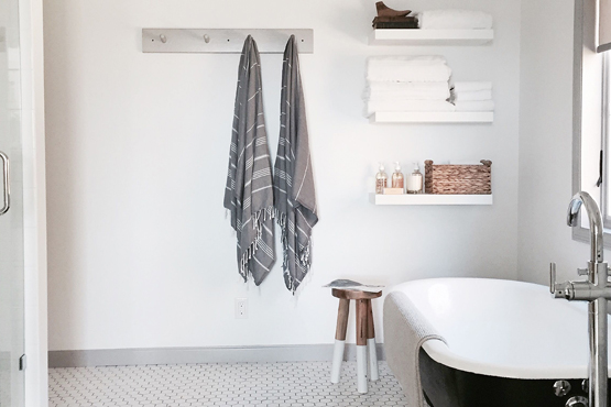 Storage Ideas For Bathrooms With Clawfoot Tubs The Shelving Store